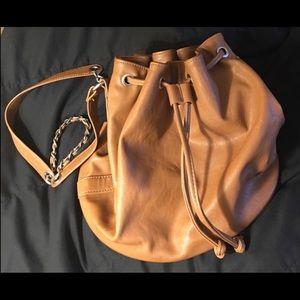 🧡🤎FOREVER 21 Bucket Bag